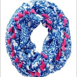 Lilly Pulitzer Circle Scarf